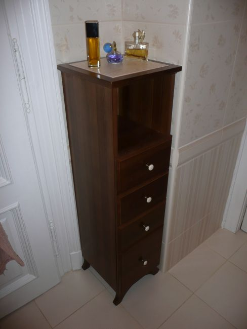 pácolt bükk fürdőszoba bútor