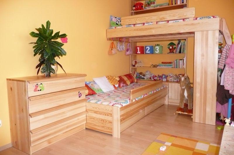 fenyő gyerekszoba bútor