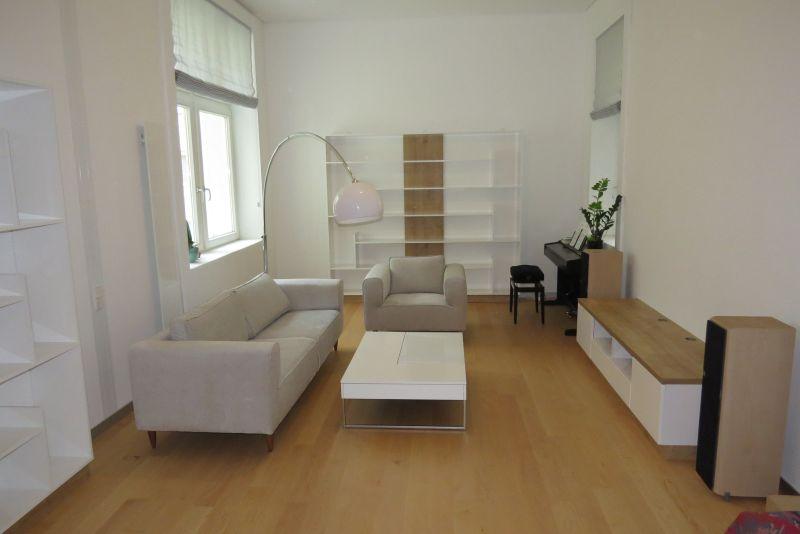 fehér tölgy modern nappali