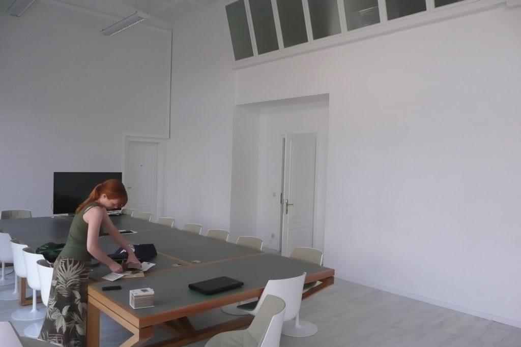 Közösségi iroda